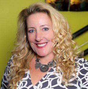 Tiffany Dowling Headshot